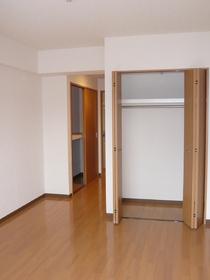 ビバス萩中 205号室