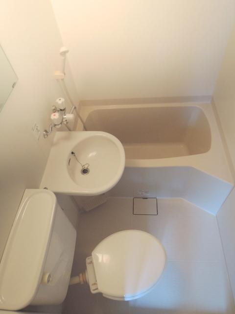 I-Space中目黒トイレ