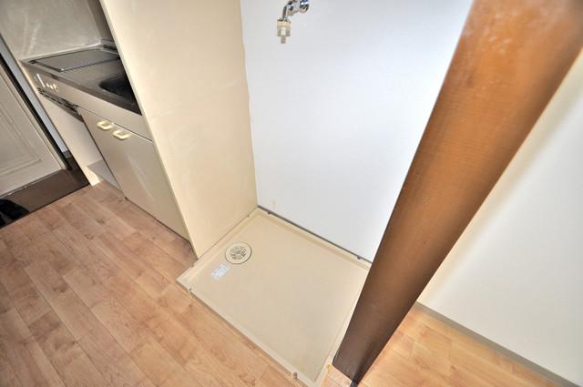 レスポワール 室内に洗濯機置き場があれば雨の日でも安心ですね。