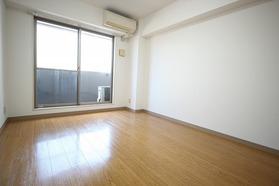 https://image.rentersnet.jp/ac5daff0-cb99-431e-a2ed-e3fecf765854_property_picture_1992_large.jpg_cap_居室