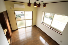 https://image.rentersnet.jp/ac78a094f179723a06da6b8f22218a0e_property_picture_955_large.jpg_cap_居室