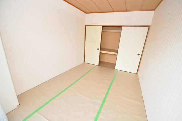 サンリッツ巽 落ち着いた雰囲気のこのお部屋でゆっくりお休みください。