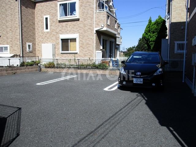 ヴィラシャルマンツー(ヴィラシャルマン2)駐車場