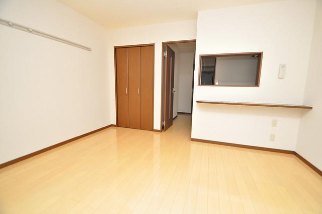 フジパレス フォンターナⅡ番館 白を基調とした内装でおしゃれで、落ち着ける空間です。