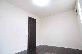 風間邸 102号室