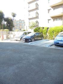 エテルニテ駐車場