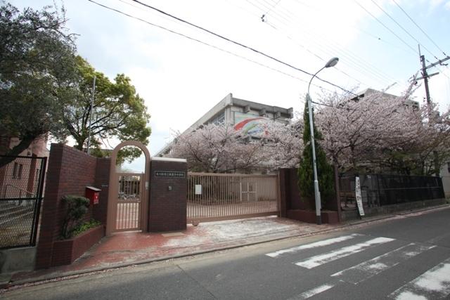 サンビレッジ・ラポール 東大阪市立新喜多中学校