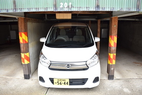 https://image.rentersnet.jp/ae7dca55-0a1c-4a85-b9dd-e4a7c8316be6_property_picture_953_large.jpg_cap_駐車場