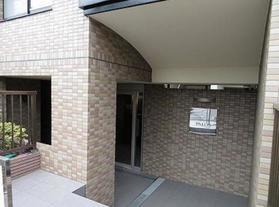 駒沢大学駅 徒歩2分エントランス