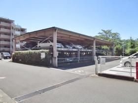 多摩南平パークスクエア駐車場