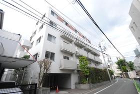 アパートメンツ駒沢大学の外観画像