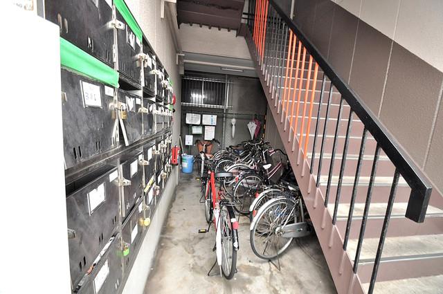 ハイグレード巽 この階段を登った先にあなたの新生活が待っていますよ。