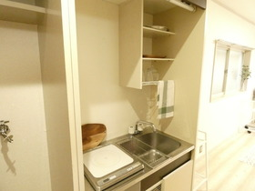 IHキッチン※モデルルーム仕様、小物等は設備に含まれません。