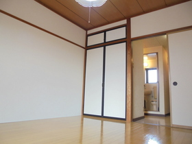 https://image.rentersnet.jp/b0396644-44ca-44d1-a19a-4cf31e164a20_property_picture_3186_large.jpg_cap_居室