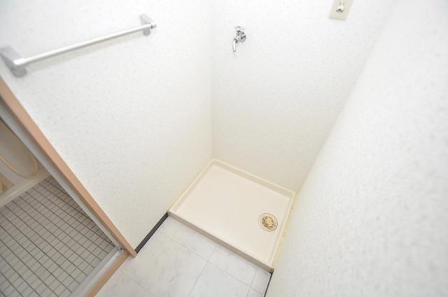マンションRIVIERE 嬉しい室内洗濯機置場。これで洗濯機も長持ちしますね。