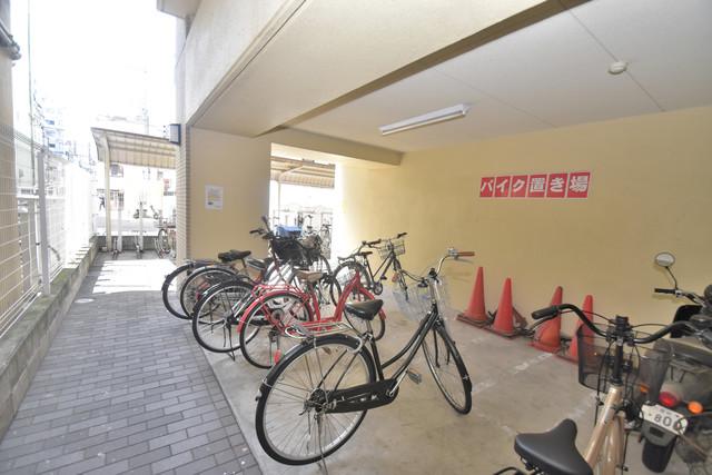 コンチネンタル東小橋 あなたの大事な自転車も安心してとめることができますね。
