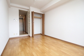 https://image.rentersnet.jp/b08ef0ed-83cd-4107-8379-b568627e84ae_property_picture_958_large.jpg_cap_居室