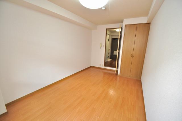 ロンモンターニュ小阪 落ち着いた雰囲気のこのお部屋でゆっくりお休みください。