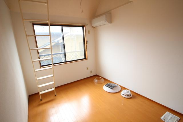 メゾンホリ居室