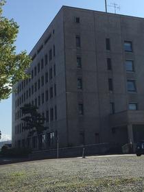 https://image.rentersnet.jp/b121da7330880f36ecab8e5b63089000_property_picture_1993_large.jpg_cap_見附市役所