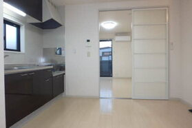 https://image.rentersnet.jp/b177642b-a9d6-45a9-b81a-f4c0adad1684_property_picture_959_large.jpg_cap_内装