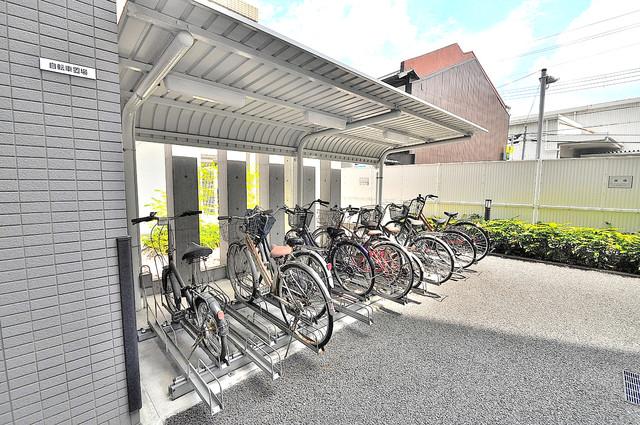 オーク・イマザト ステーション 敷地内には専用の駐輪スペースもあります。