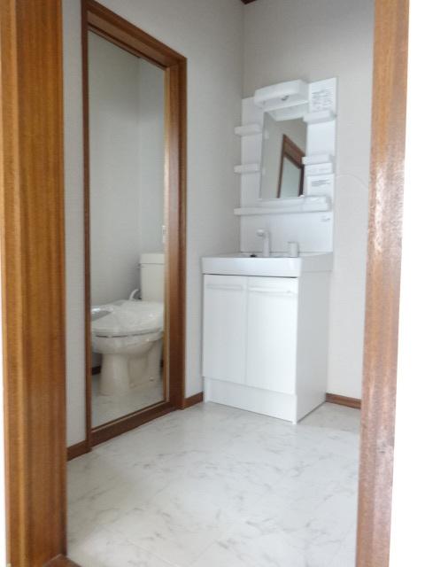 ファミールタガワA洗面所