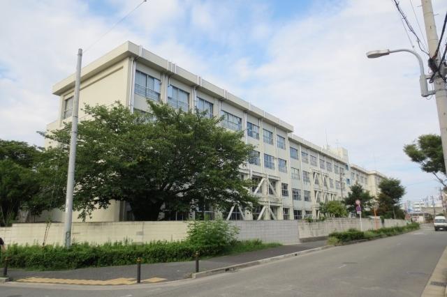 豊中市立第十中学校