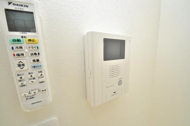 エグゼ大阪城東 TVモニターホンは必須ですね。扉は誰か確認してから開けて下さいね