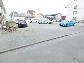 コーラルプラザー駐車場