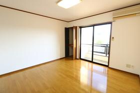 https://image.rentersnet.jp/b23cbfa9-4d26-4e3a-a31f-2f9ce52789e9_property_picture_957_large.jpg_cap_居室