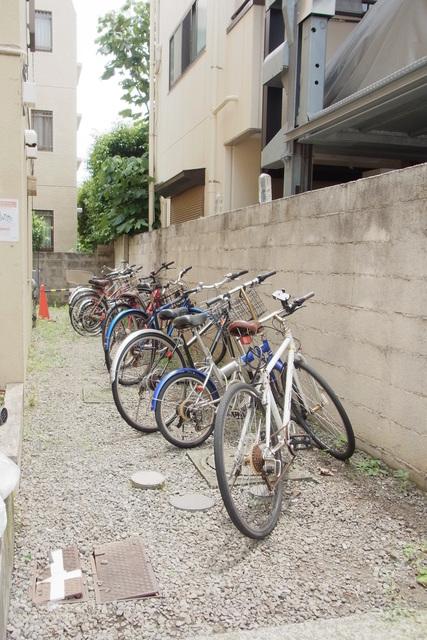 スカイコート尾山台駐車場