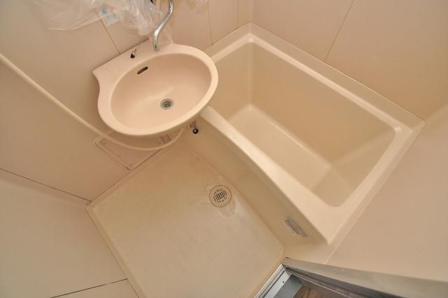 清洲プラザ高井田 コンパクトだけど機能性バッチリ。シンプルライフに十分のお風呂。