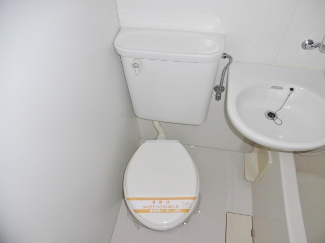 アトリウムビルトイレ