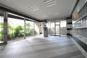 大崎駅 徒歩4分エントランス