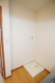 コンフォート山王 102号室