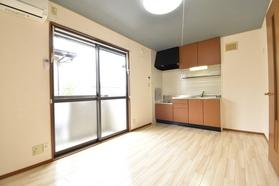 https://image.rentersnet.jp/b2d0c7d6-b8e4-41b2-a5ec-b5f4c7edfde9_property_picture_9494_large.jpg_cap_居室