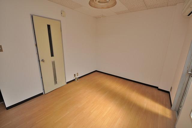 センチュリーシティⅠ 明るいお部屋はゆったりとしていて、心地よい空間です