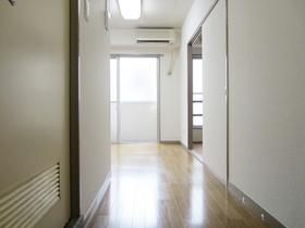玄関からDKのお写真です。
