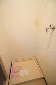 メゾングロアール 303号室