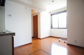 ユウハイツ 106号室