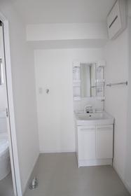 フラーハウス 201号室