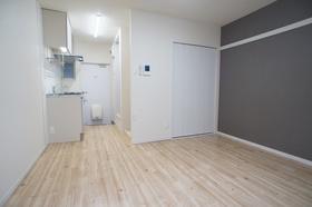 サンクレール雪谷 102号室