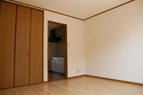https://image.rentersnet.jp/b3d7a12b-07de-42c8-9d34-97d1dcb85e1b_property_picture_2419_large.jpg_cap_居室