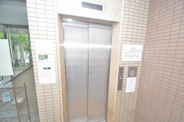 レシェンテオクノ 嬉しい事にエレベーターがあります。重い荷物を持っていても安心