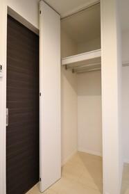 シャーメゾンKP 201号室