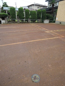 https://image.rentersnet.jp/b442d72561feaa52cbf7bb44b980e3f4_property_picture_953_large.jpg_cap_駐車場