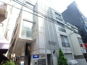 レジディア西新宿の外観