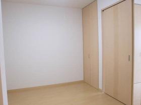 https://image.rentersnet.jp/b498daf4-cd9c-4c25-9c6a-0e37fd7760d0_property_picture_956_large.jpg_cap_居室