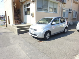 https://image.rentersnet.jp/b4b412bb-0203-411a-a05e-52124c16fee9_property_picture_1991_large.jpg_cap_駐車場